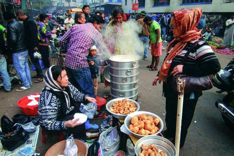 Get to know the Creator- Street food of Kolkata- the 5 am breakfast market
